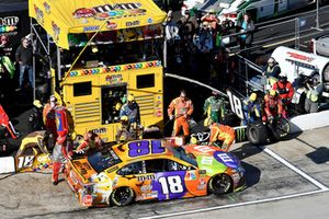 Kyle Busch, Joe Gibbs Racing, Toyota Camry M&M's Halloween, makes a pit stop
