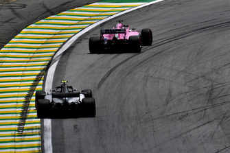 Nicholas Latifi, Racing Point Force India VJM11 and Valtteri Bottas, Mercedes AMG F1 W09 EQ Power+