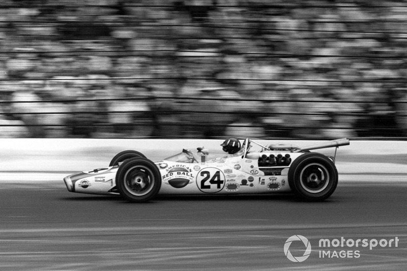 Graham Hill, Lola T90 Ford/Team John Mecom