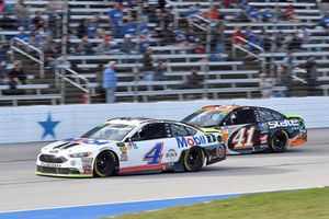 Kevin Harvick, Stewart-Haas Racing, Ford Fusion Mobil 1, Kurt Busch, Stewart-Haas Racing, Ford Fusion State Water Heaters
