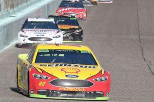 Joey Logano, Team Penske, Ford Fusion Shell Pennzoil, Brad Keselowski, Team Penske, Ford Fusion Discount Tire