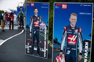 Foto di Romain Grosjean, Haas F1 Team, e Kevin Magnussen, Haas F1 Team