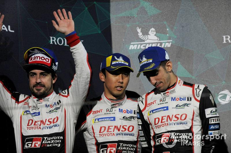 En una complicada carrera, Alonso, Buemi y Nakajima solo pudieron ser segundos en China