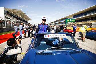 Pierre Gasly, Scuderia Toro Rosso, tijdens de rijdersparade