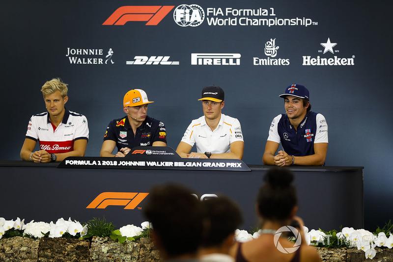 Marcus Ericsson, Sauber, Max Verstappen, Red Bull Racing, Stoffel Vandoorne, McLaren, y Lance Stroll, Williams Racing