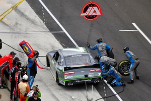 Justin Allgaier, JR Motorsports, Chevrolet Camaro Dove Men + Care