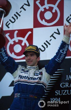 Podium: Racewinnaar Damon Hill , Williams