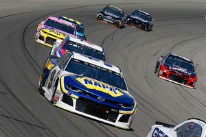 Chase Elliott, Hendrick Motorsports, Chevrolet Camaro NAPA Auto Parts, A.J. Allmendinger, JTG Daugherty Racing, Chevrolet Camaro Kroger ClickList