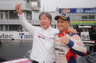 Race winner Yuhi Sekiguchi, Team Impul with Kazuyoshi Hoshino
