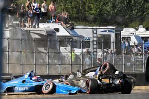 Ed Jones, Chip Ganassi Racing Honda, Graham Rahal, Rahal Letterman Lanigan Racing Honda, Marco Andretti, Herta - Andretti Autosport Honda 1st lap crash