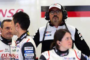 Un membro del team Toyota Gazoo Racing