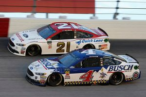Kevin Harvick, Stewart-Haas Racing, Ford Fusion Busch Beer Throwback Paul Menard, Wood Brothers Racing, Ford Fusion Motorcraft / Quick Lane Tire & Auto Center