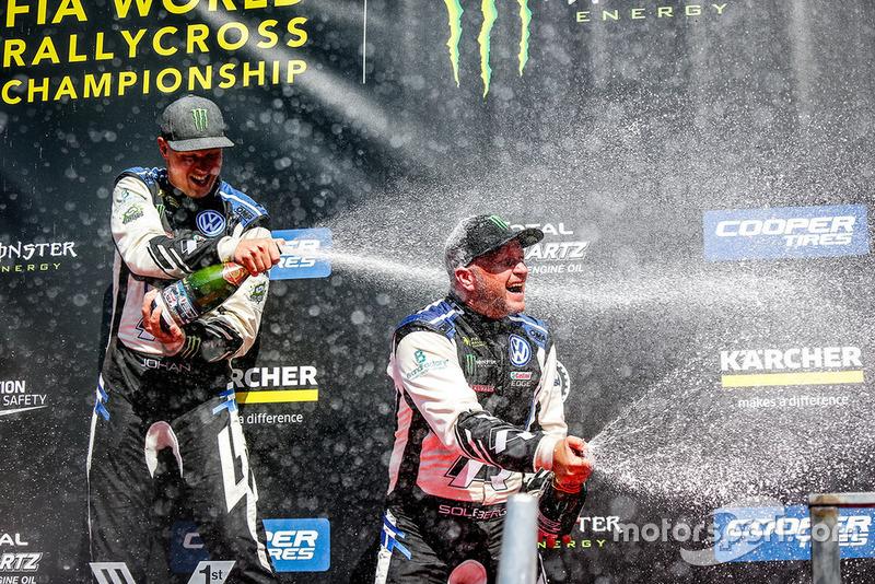 Podium: winner Johan Kristoffersson, PSRX Volkswagen Sweden, third place Petter Solberg, PSRX Volkswagen Sweden