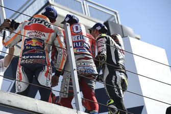 Podium : le vainqueur Andrea Dovizioso, Ducati Team, le deuxième, Marc Marquez, Repsol Honda Team, le troisième, Cal Crutchlow, Team LCR Honda