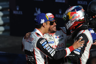 Yarış galibi 8 Toyota Gazoo Racing Toyota TS050: Sebastien Buemi, Kazuki Nakajima, Fernando Alonso