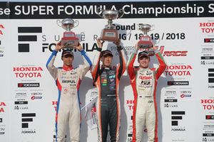 Podium: race winner Hiroaki Ishiura, Cerumo Inging, second place Ryo Hirakawa, Team Impul, third place Nick Cassidy, Kondo Racing