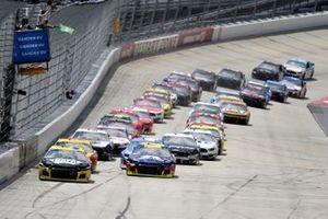 William Byron, Hendrick Motorsports, Chevrolet Camaro Axalta, Chase Elliott, Hendrick Motorsports, Chevrolet Camaro NAPA Brakes