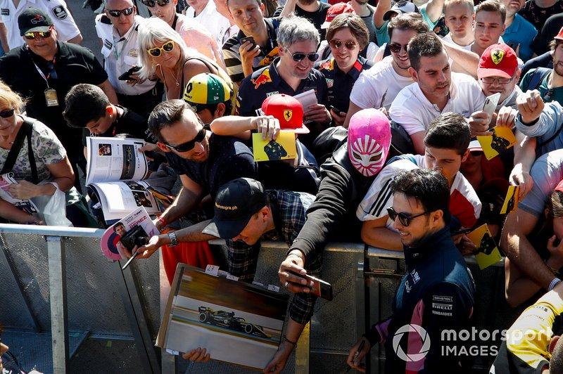 Sergio Pérez, Racing Point con fans
