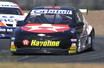 Chico Serra conquistou seu 3º título consecutivo na temporada de 2001 da Stock Car tornando-se o 3º maior nome da categoria em toda a sua história