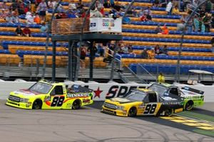 Matt Crafton, ThorSport Racing, Ford F-150 Menards/Conagra and Grant Enfinger, ThorSport Racing, Ford F-150