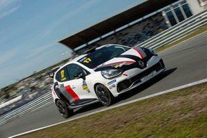 Albert Legutko, Renault Clio RS IV Cup