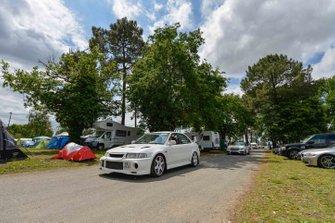 Strada pubblica intorno al campeggio