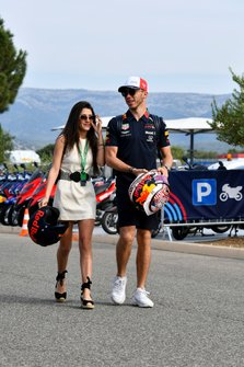 Pierre Gasly, Red Bull Racing arrives with his girlfriend Caterina Masetti Zannini