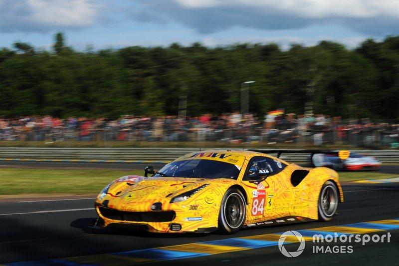 #84 JMW Motorsport, Ferrrai 488 GTE: Jeffrey Segal, Rodrigo Baptista, Wei Lu