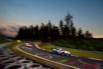 #69 clickvers.de Team Porsche 991 GT3 Cup MR: Robin Chrzanowski, Kersten Jodexnis, Marco Schelp, Peter Scharmach