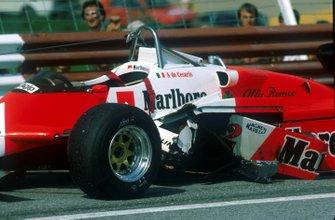 Auto von Andrea de Cesaris, Alfa Romeo 182, nach Crash