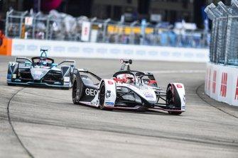 Максимилиан Гюнтер, Dragon Racing, Penske EV-3, и Гэри Паффет, HWA Racelab, Venturi VFE05