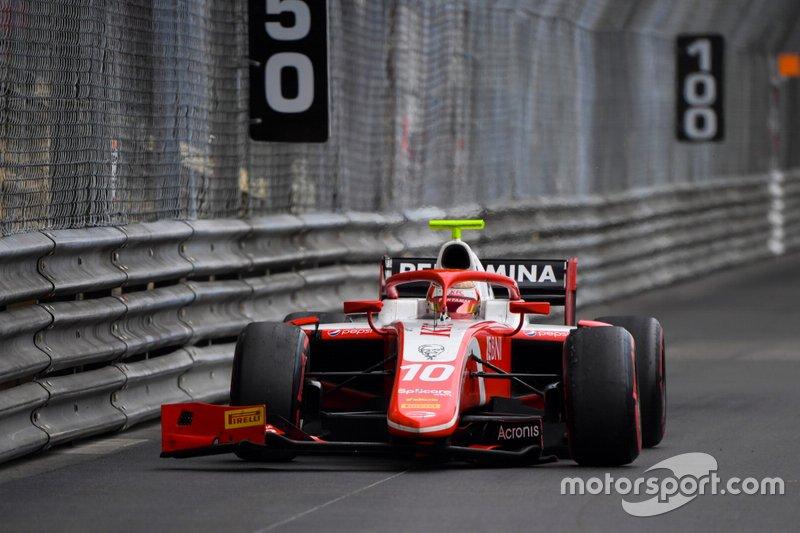 Sean Gelael, Prema Racing, guida con un ala danneggiata