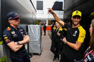 Max Verstappen, Red Bull Racing and Daniel Ricciardo, Renault F1 Team