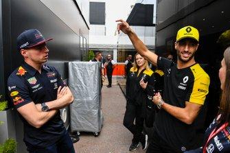 Max Verstappen, Red Bull Racing and Daniel Ricciardo, Renault F1 Team