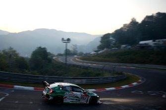 #172 Team Castrol Honda Racing Honda Civic TCR : Dominik Fugel, Markus Oestreich, Cedrik Totz, Tiago Monteiro