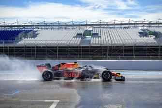 Max Verstappen, Red Bull, Test Pirelli al Paul Ricard, Day 2