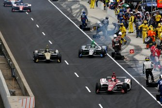 Ed Jones, Ed Carpenter Racing Scuderia Corsa Chevrolet pit stop
