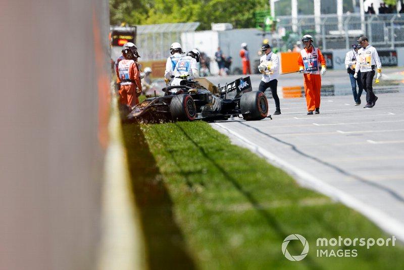 El coche chocado de Kevin Magnussen, Haas VF-19