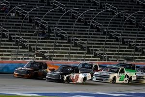 Anthony Alfredo, DGR-Crosley, Toyota Tundra STEELSMITH and Austin Hill, Hattori Racing Enterprises, Toyota Tundra Ennis Steel