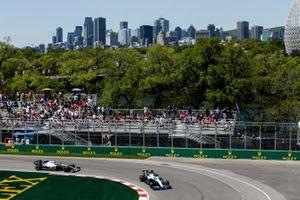 George Russell, Williams Racing FW42, Valtteri Bottas, Mercedes AMG W10