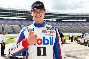 Pole sitter Todd Gilliland, Kyle Busch Motorsports, Toyota