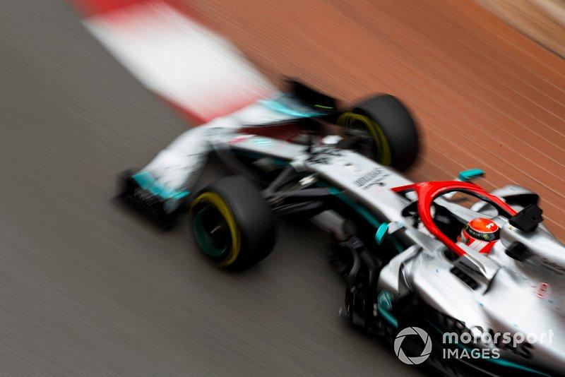Hamilton pakt de pole