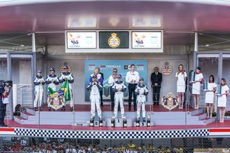 PRO AM podium: Winner Yaqi Zhang, Team China, Bandar Alesayi, Saudi Racing, 2nd position, Célia Martin, Viessman Jaguar eTROPHY Team Germany, 3rd position