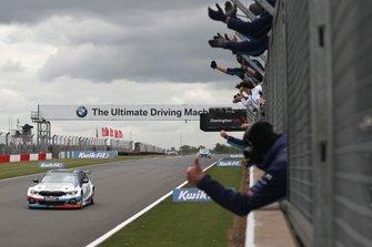Ganador, Colin Turkington, WSR BMW