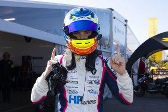 1. yarış galibi Oscar Piastri, R-ACE GP
