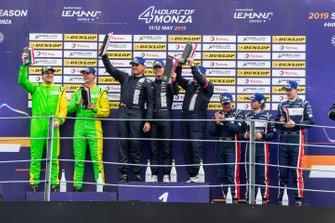 Podio P3: ganador #11 Eurointernational Ligier JS P3 Nissan: Mikkel Jensen, Jens Petersen, segundo #13 Inter Europol Competition Ligier JS P3 Nissan: Martin Hippe, Nigel Moore, tercero #2 United Autosports Ligier JS P3 Nissan: Wayne Boyd, Garett Grist, Tommy Erdos