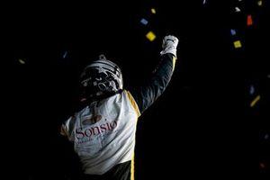 Josef Newgarden, Team Penske Chevrolet festeggia la vittoria