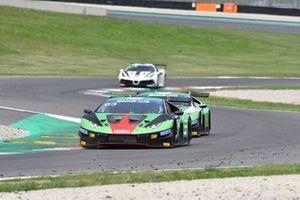 #63 Imperiale Racing, Lamborghini Huracán GT3 Evo: Luca Ghiotto, Alex Frassineti