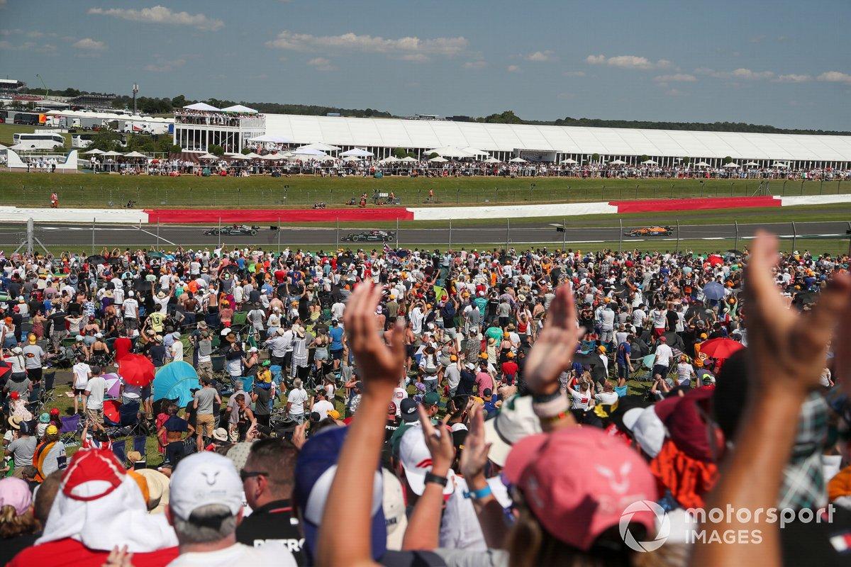 Lewis Hamilton, Mercedes W12, Valtteri Bottas, Mercedes W12, Lando Norris, McLaren MCL35M
