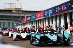 Mitch Evans, Jaguar Racing, Jaguar I-TYPE 5, Pascal Wehrlein, Porsche, Porsche 99X Electric